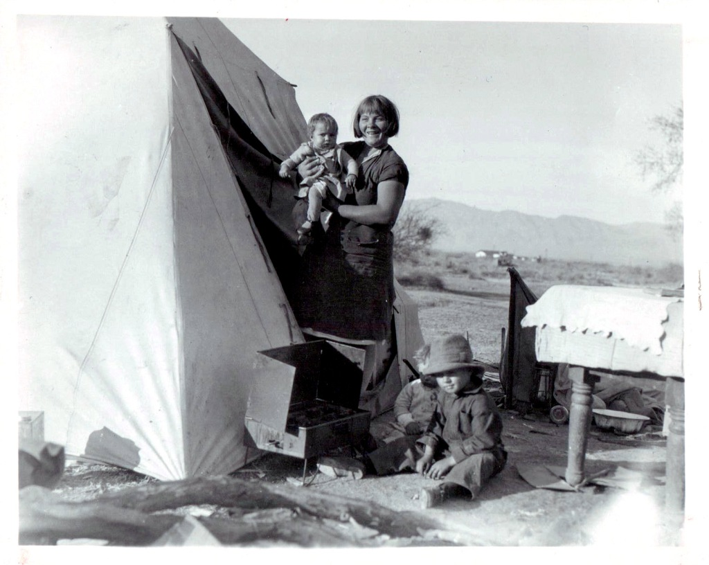 ca 1931, Mother and three children in a Las Vegas Hooverville